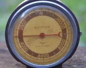 Bakelite Taylor Altimeter