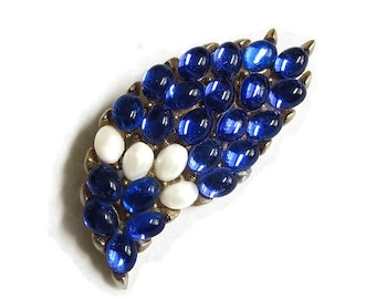 Vintage Brooch with Sapphire Blue Glass Cabochons and Faux Pearls