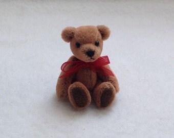 Miniature Jointed Artist  Bear