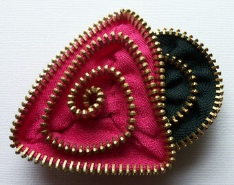 Hot Pink and Dark Grey / Gray Geometric Flower Floral Brooch / Zipper Pin with Brass Teeth by ZipPinning -2681
