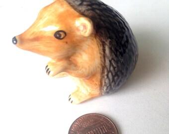 Ceramic Porcupine, hedgehog, porcupine figure, Grey, ceramic animal, tiny animal, small, little animal, decoration, miniature animal, Gray
