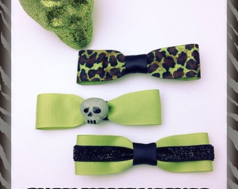 3 Skull Hair Bows Zombie Green Leopard Print with Gray Glitter Skull Rockabilly Psychobilly Horror Punk Gothic Hairbow Hairclip Barrette