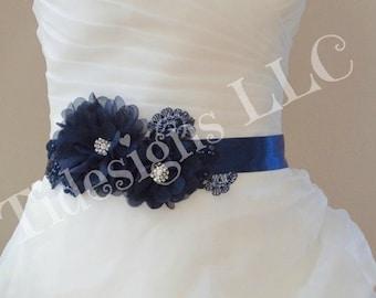 Bridal Sash, Wedding Sash, Bridal Belt Flower Bridal Sash, Crystal wedding sash , Rhinestone Bridal Sash, Flower Sash