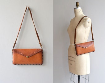 Nawajo leather bag | vintage 1960s tooled leather bag | small 60s leather purse