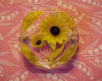 Vintage Carved Lucite Yellow Black Eye Susan Flower Brooch pin