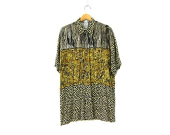 Tribal Print Graphic Shirt 90s Rayon Button Up Shirt Vintage Oversized Long Abstract Short Sleeve Blouse Retro Earthy Womens size Large