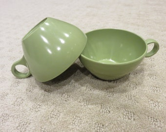 Vintage Green Cups - Rounded Handles - Set of Three