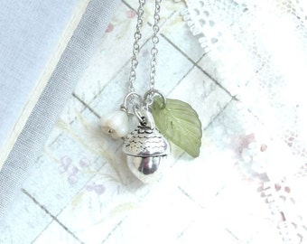 Acorn Charm Necklace Fall Necklace Silver Acorn Necklace Woodland Necklace Nature Necklace Acorn Jewelry
