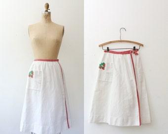 vintage wrap skirt / cotton pique skirt / Strawberry Picnic skirt