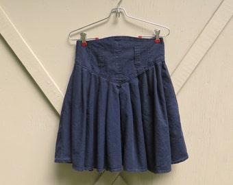 80s vintage Black High Waist Ruffled Mini Skirt / Jeanjer Jeans