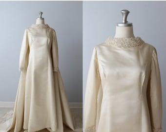 SALE 1960s Wedding Dress / Long Sleeves / Watteu Style / Detachable Train / Priscilla of Boston