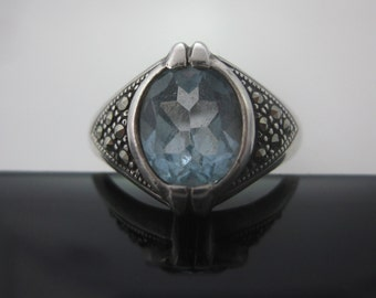 Size 9 Vintage Sterling Silver Marcasite & Sapphire Ring