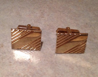 Goldtone Diagonal Bar Cuff Links