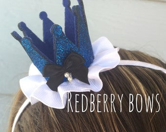 ALICE in WONDERLAND Crown  Headband with Black Bow and White Ruffle
