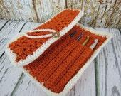 Crochet hook case, Crochet roll up case, storage for crochet hooks, rustorange and white needle case, crochet hook gift,10 hook Crochet case