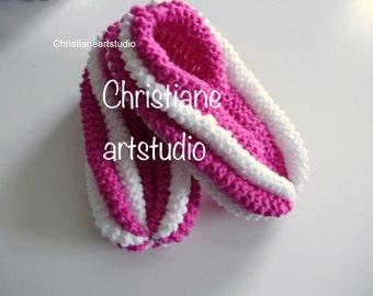Phentex slippers hand knitted for women