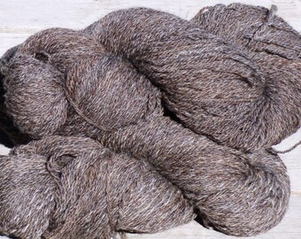 Handspun Wool Yarn, 3 Ply Romney.