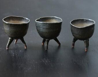 3 Ceramic Pottery stoneware tripod condiment, gelato or tea bowls