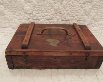 Primitive Wood Box with top handle