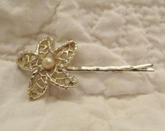 Vintage Hairpin with Flower and faux pearl SALE