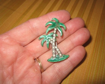 Vintage Beautiful Green Enamel Rhinestone Palm Tree Brooch