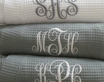 Set of 6 Robes Gray Robes Personalized on Front Monogram, Name, Titles. Embroidered Short Waffle weave robe Bride, Bridesmaid, Maid of Honor