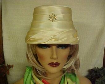 "SALE.  Beige satin cloche vintage hat with front deco- fits 22 """