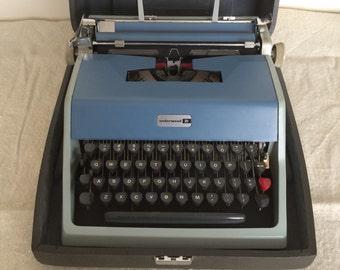 SALE Olivetti 21 Typewriter