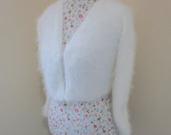 Wedding Bolero 100% angora rabbit Kate Middleton Sweater handknit v-neck No buttons LONG SLEEVES crop/bridal bolero/Black/White/Ivory
