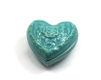 HEART BOX   Handmade ceramic Pottery slip cast