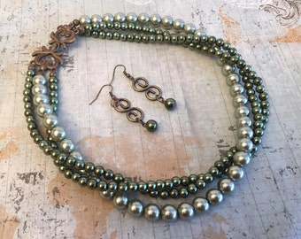 Green Multistrand Glass Pearl Necklace Earring Set