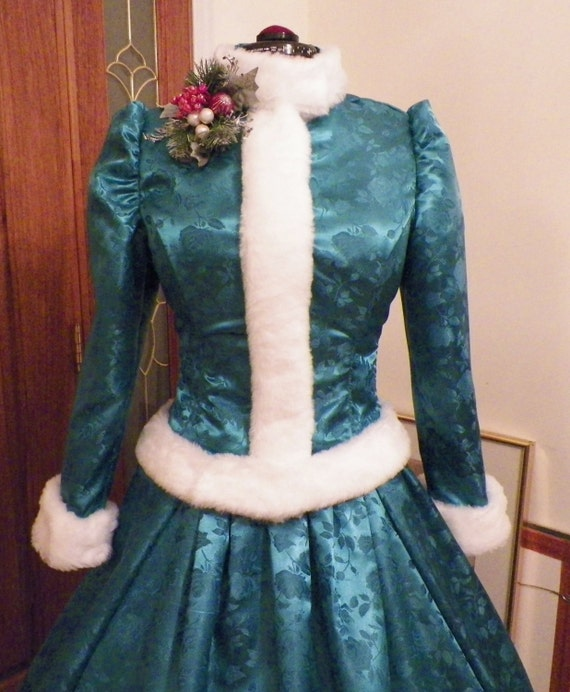 Holiday Carolers Dickens Victorian White Christmas Ball Gown Dress Costume