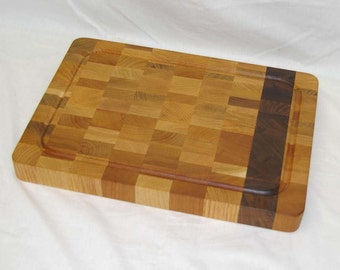 SALE! Cutting Board End-grain Light Color with a Walnut Stripe Medium Size