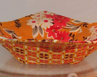 Reversible Bowl Cozy, Microwave Pot Holder, Yellow Coral