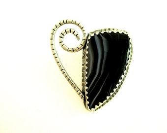 Black and White Heart Pendant Tuxedo Agate