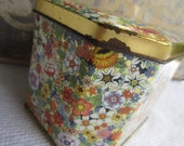 Vintage Daher Floral Chintz  Hinged Tin