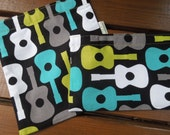 Reusable sandwich and/or snack bags - Gender neutral sandwich bag - Reusable fabric bags set - For him snack bag - Groovy guitars