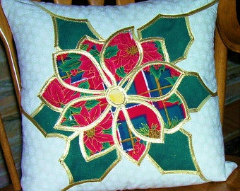 Quilted Poinsettia Pillow, Stained Glass Technique