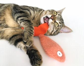 Organic Catnip Toy Fish Premium Wool Orange Coral Felt Goldfish Hand Knitted Premium Felted Large Kicker For Cats Pets