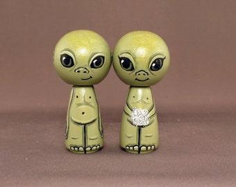 Little Martian Alien Green Cake Topper Kokeshi Dolls