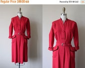 ON SALE 40s Dress - Vintage 1940s Dress - Red Black Flecked Rayon Belted Pockets Femme Fatale Dress M - Sergee Dress