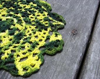 Tie Dye Crochet Doily - Avocado & Yellow Tie Dye 8 Inches
