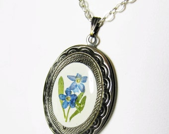 Blue Forget Me Not  Locket, Real Flowers, Pressed Flower Jewelry,  Antiqued Brass (1938)
