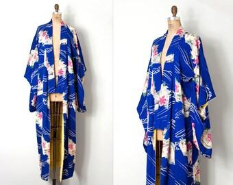 vintage 1930s kimono / 30s floral silk kimono / Where The Lillies Bloom