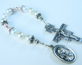 White Saint Clare of Assisi Prayer Chaplet Rosary: Patron of Eye Diseases