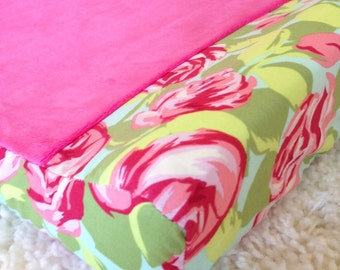 Love Tumble Rose and Hot Pink Contoured Changing Pad Cover