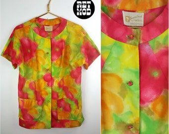 Bright Bright Bright! Vintage 60s 70s Pink, Green, Orange and Yellow Abstract Patterned Blouse! Polynesian!