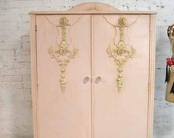 Armoire Painted Cottage Chic Shabby French Romantic Armoire/ Wardrobe AM196