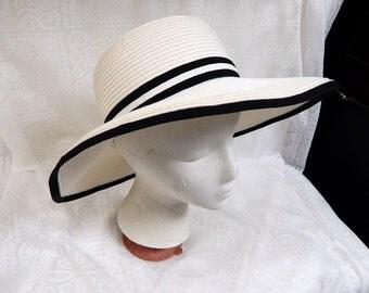 White Wide Brim Summer Straw Hat with Black Ribbon Trim Size M/Lg Free ship in USA