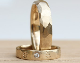 Wedding band set His hers Wedding Rings Gold wedding ring set Leaf pattern with Diamond